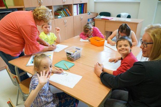 Szkoła specjalna pełna uśmiechów