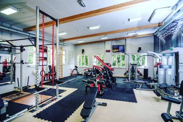 Termy Bolesławiec: jesienne promocje na zajęcia na siłowni w sali fitness i strefie spa