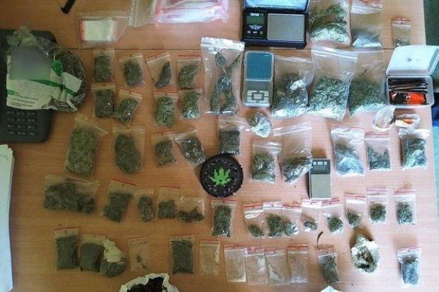 Recydywista wpadł z ponad 1,1 tys. porcji narkotyków