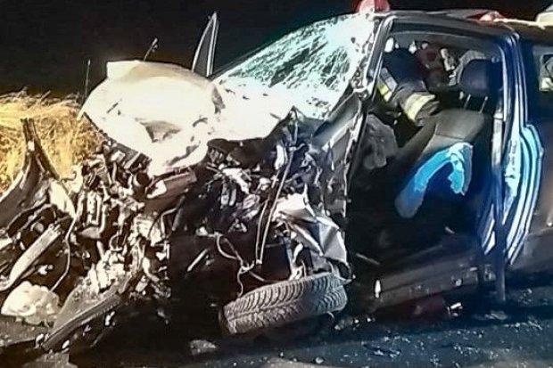 Wypadek przed Kraśnikiem, trzy osoby ranne. 31-latek zabrany helikopterem