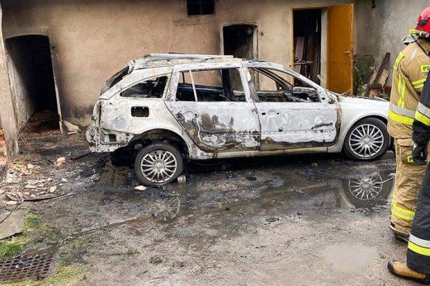 Pożar auta w Gromadce