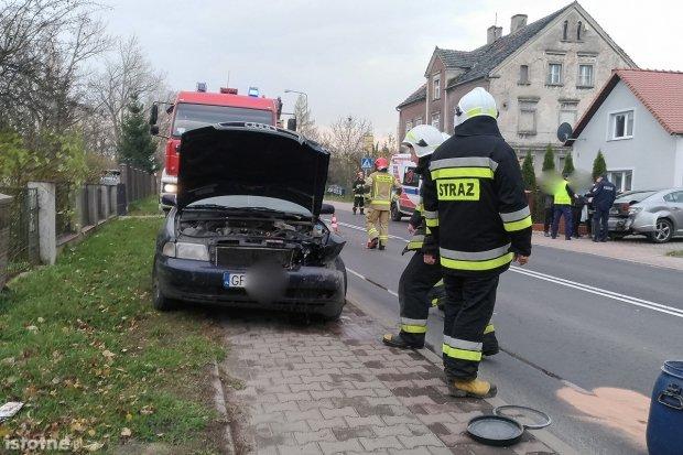 Wypadek w Łące. 27-latka w zaawansowanej ciąży zabrana do szpitala