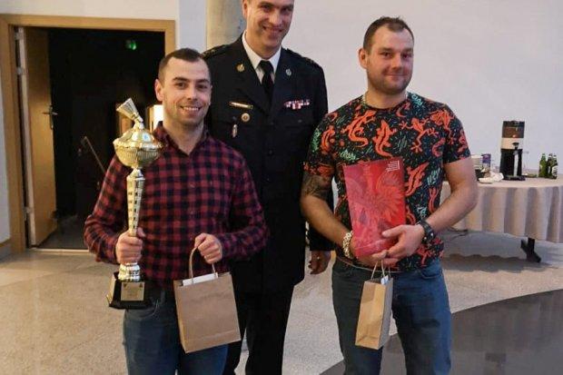 Sukces bolesławieckiego strażaka-badmintonisty