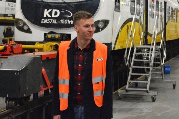 Bohaterski motorniczy z wizytą w Kolejach Dolnośląskich