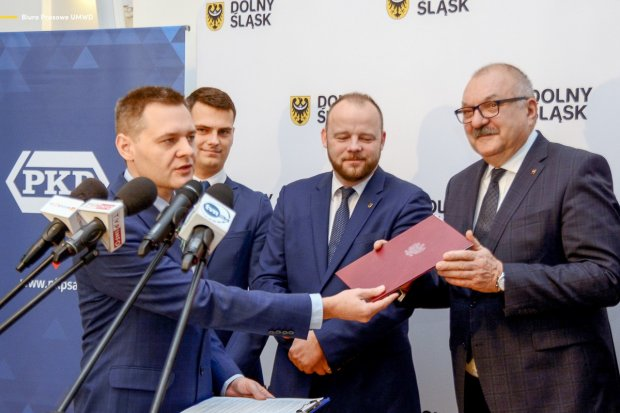 Dolny Śląsk przejmuje następne linie kolejowe od PKP
