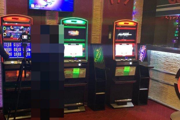 Kolejny nielegalny salon gier zlikwidowany. Zabezpieczono maszyny warte 60 tys. zł