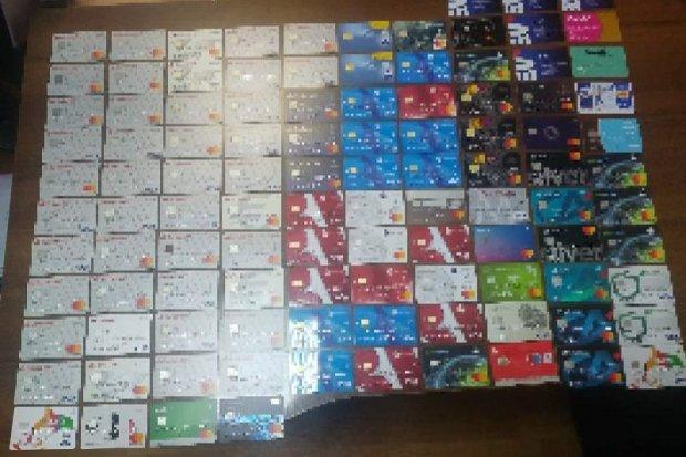 Były listonosz przywłaszczył sobie ok. 100 kart bankomatowych. I… ukradł ponad 10 tys. zł