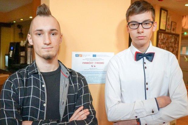 Młodzi przedsiębiorcy uczą się, jak być lepszym od konkurencji