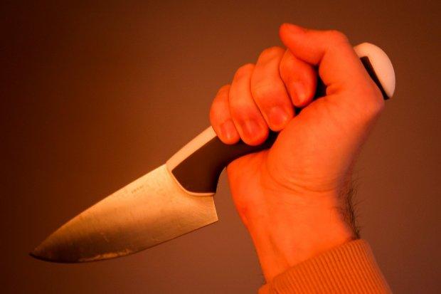 62-latek dźgnął nożem dwie osoby. Jest areszt