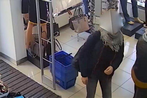 Przywłaszczyła kartę płatniczą. Kobieta zatrzymana