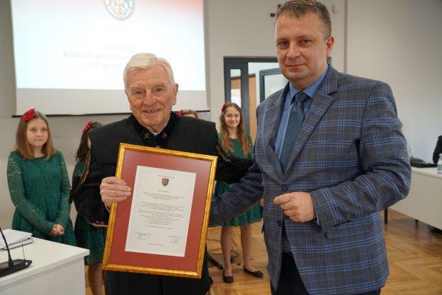 Górnik Jan Olesiak doceniony przez marszałka i władze powiatu