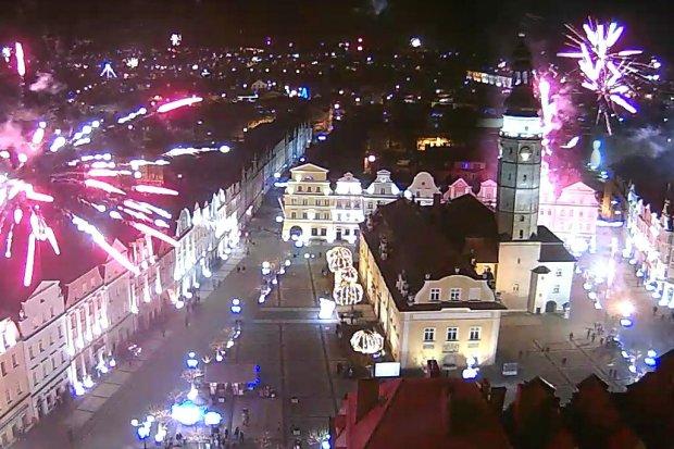 Zobacz, jak wyglądały sztuczne ognie podczas sylwestra w Bolesławcu