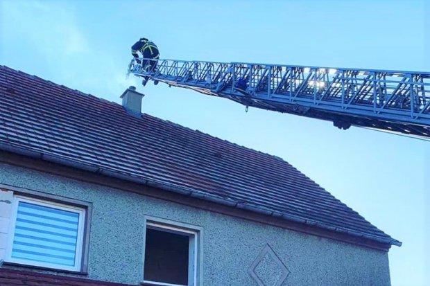 Pożar w Gierałtowie. Wezwano zespół ratownictwa medycznego