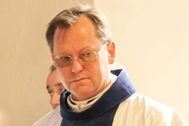 Ksiądz Jarosiewicz zasłabł podczas mszy dla niepełnosprawnych