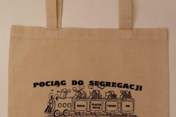 Wymieniamy foliówki na torby ekologiczne