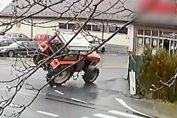 Drift traktorem po ulicach Czerwonej Wody