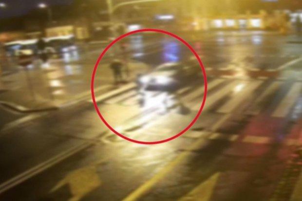 Potrącił kobietę na pasach i uciekł. 78-latek zatrzymany, potrącona z... mandatem