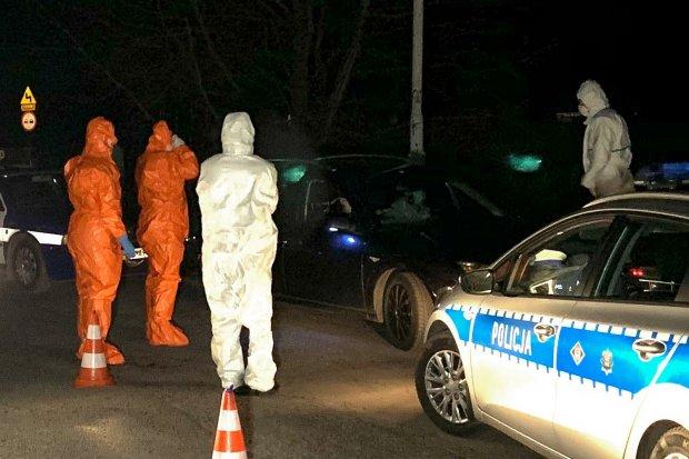 Podejrzenie koronawirusa: policja zatrzymała parę na stacji benzynowej