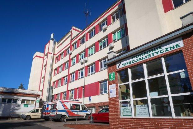 Agata S.A. przekazała naszemu szpitalowi sprzęt warty ponad 200 tys. zł
