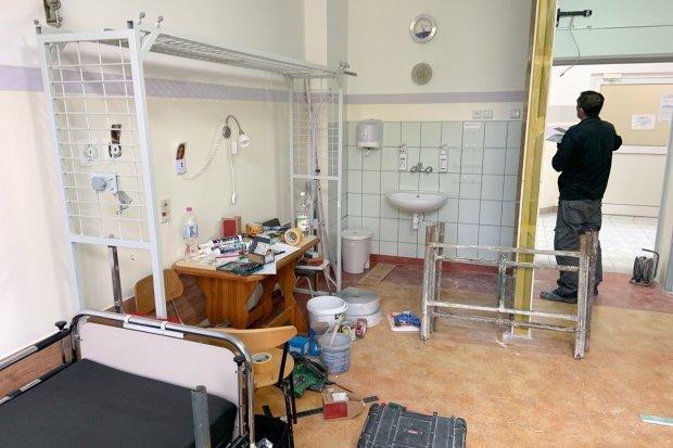 Tworzą śluzy bezpieczeństwa w bolesławieckim szpitalu