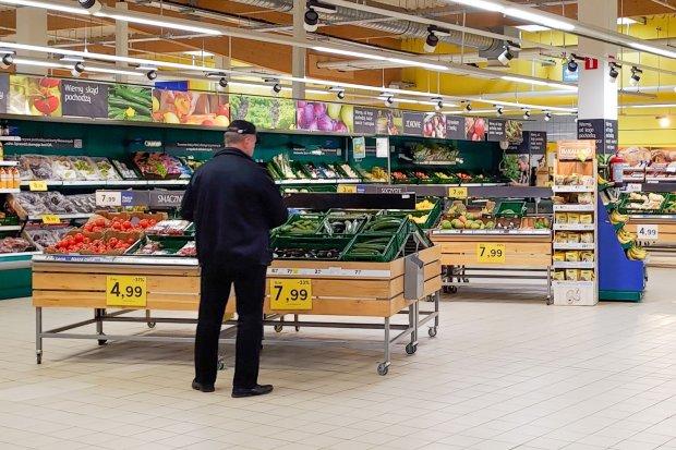 Jesteś starszą osobą, boisz się iść do sklepu lub apteki? Możesz skorzystać z pomocy