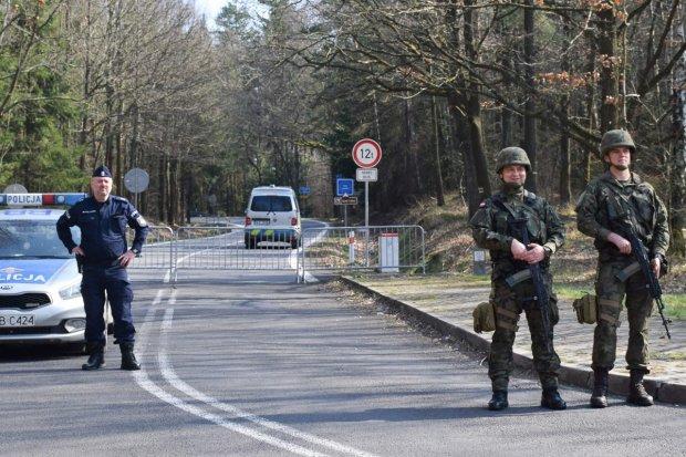 Artylerzyści na granicach państwa