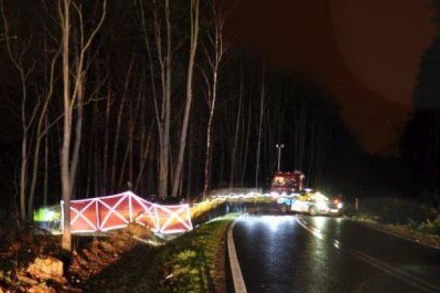 Dramat między Czerwoną Wodą a Węglińcem. Cztery osoby zginęły
