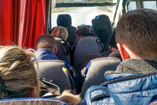 """Tłok w busach. Czytelniczka: """"Nieodpowiedzialność"""". Jest komentarz firmy Grażyna"""