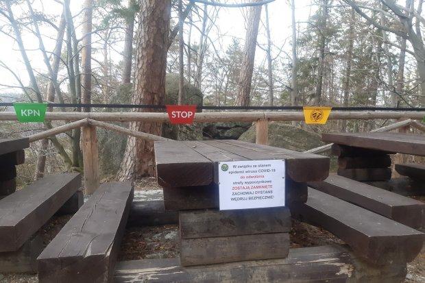 """Karkonoski Park Narodowy zamyka szlaki. """"Zabroniona turystyka zorganizowana"""""""