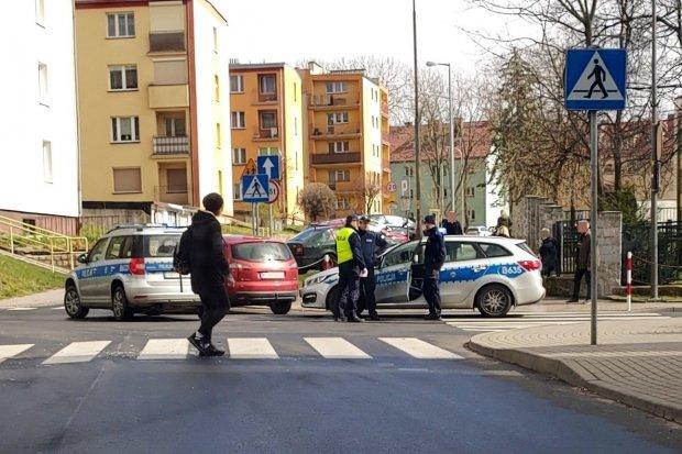 Kolizja dwóch aut na skrzyżowaniu Ogrodowej z Polną