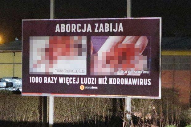 Nieprzyzwoity baner o aborcji wywieszono w Bolesławcu