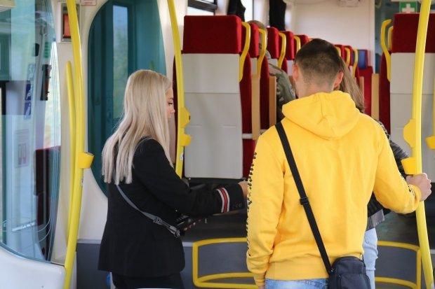 Koleje Dolnośląskie wprowadziły terminale płatnicze