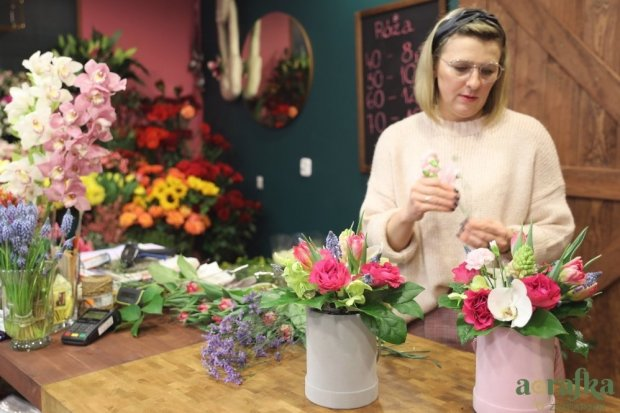 Kwiaciarnie wspierają polskich plantatorów. Zainteresowanie kwiatami bardzo duże