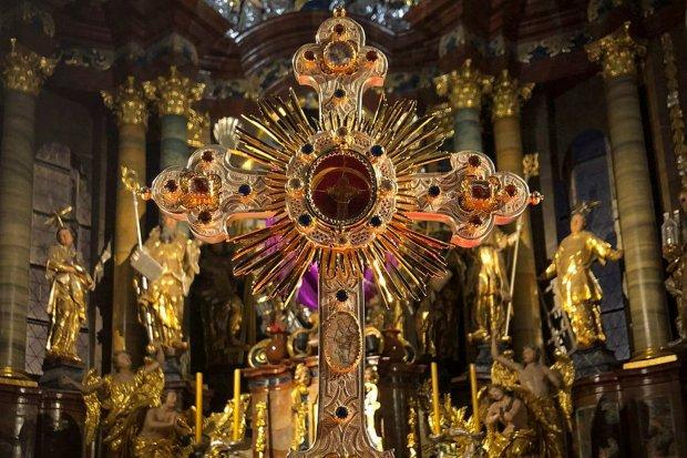 Droga Krzyżowa z Bazyliki Maryjnej
