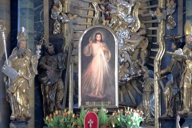 Niedziela Bożego Miłosierdzia – msza z Bazyliki Maryjnej o 11:00