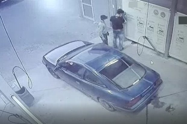 Dwaj sprawcy włamań do myjni zatrzymani. Pochodzą z… innego powiatu