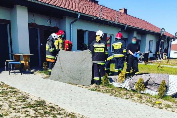 Pożar w Nowogrodźcu. Ewakuowano mieszkańców