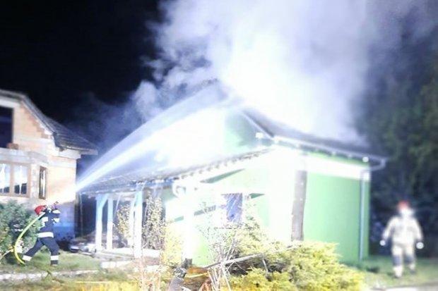Pożar domku w Kraśniku, sprawę bada policja