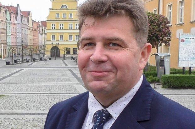 Życzenia wielkanocne dla mieszkańców Bolesławca i okolic od posła Roberta Obaza