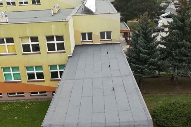 Dach Szkoły Podstawowej nr 1 w Bolesławcu przebudowany