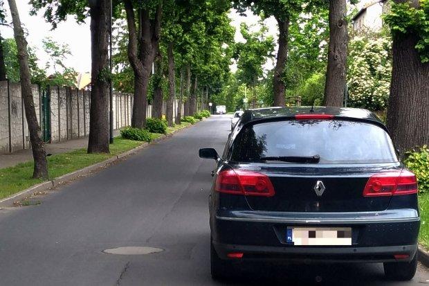Czy ulica Spokojna powinna być jednokierunkowa?