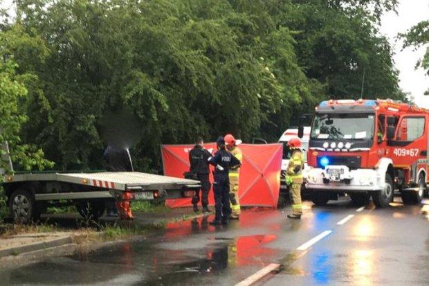 Śmiertelny wypadek w Raciborowicach. 55-letni kierowca peugeota nie żyje
