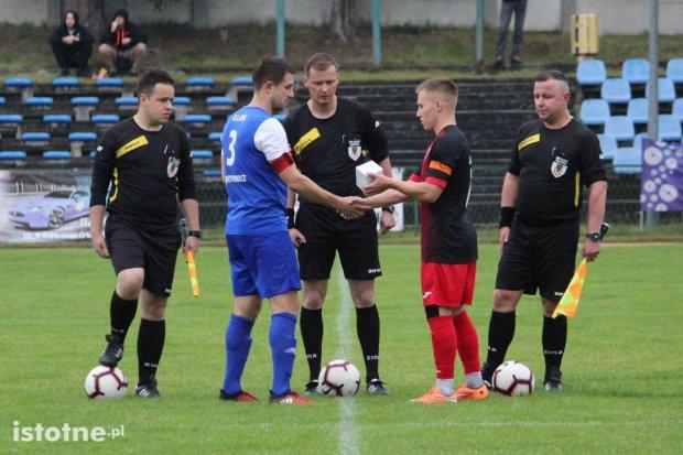 Apis wygrywa z BKS-em w finale Okręgowego Pucharu Polski