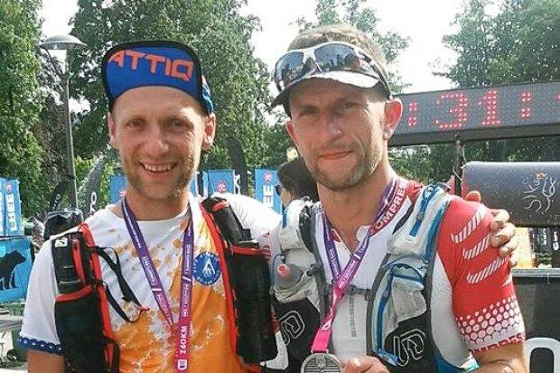 Nasi ultramaratończycy chcą przebiec 318 km w szwajcarskich Alpach