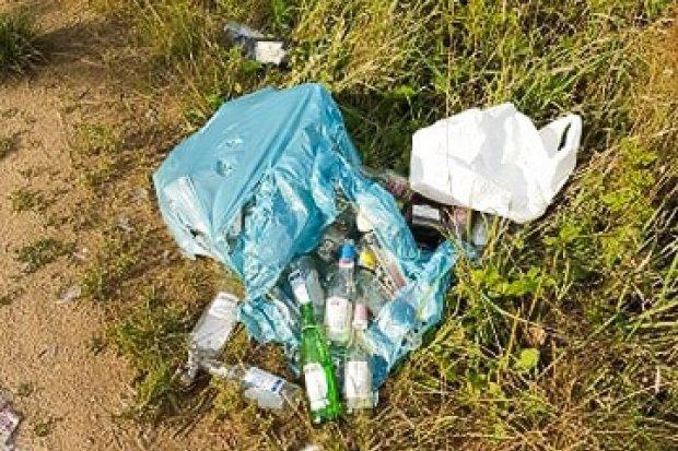 Refleksja po spacerze na Krępnicę: ludzie to śmieciarze, żal mi was!