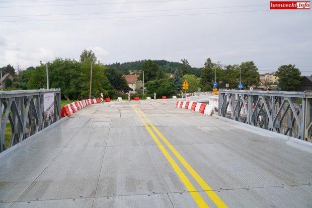 Most w Lwówku Śląskim zamknięty. Jest objazd! Otwarto most tymczasowy