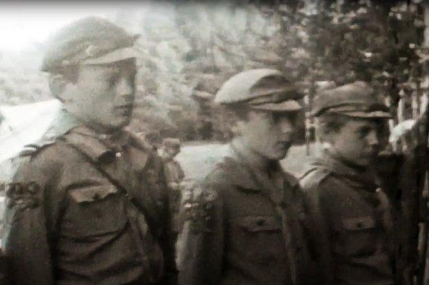 Film sprzed pół wieku z obozu bolesławieckich harcerzy. Ktoś z was się rozpoznaje?