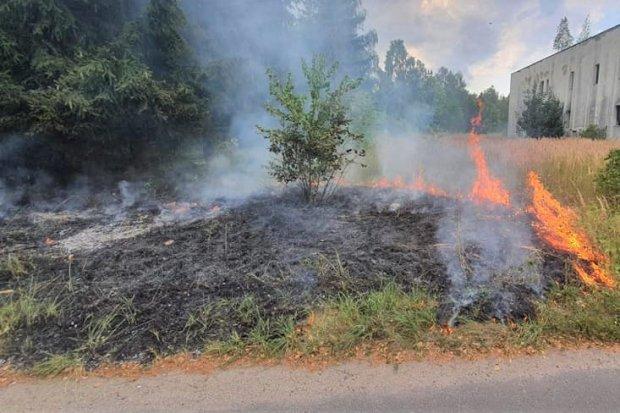 Pożar przy Strażackiej w Trzebieniu