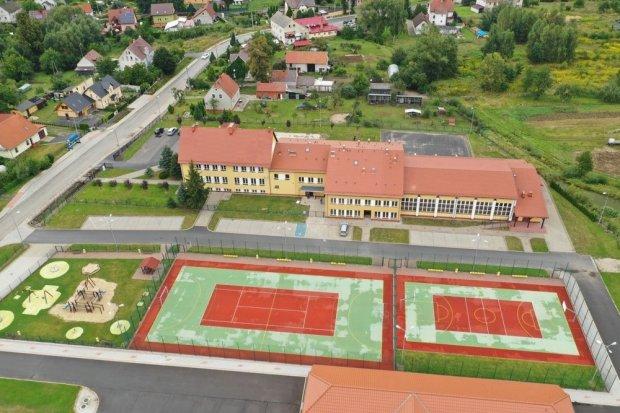 Nie ma koronawirusa w szkole w Bożejowicach. Zajęcia rozpoczną się 2 września
