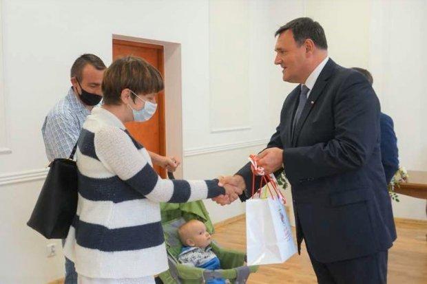 Nowogrodziec: 4 rodziny wprowadzą się do nowych mieszkań przy Lubańskiej